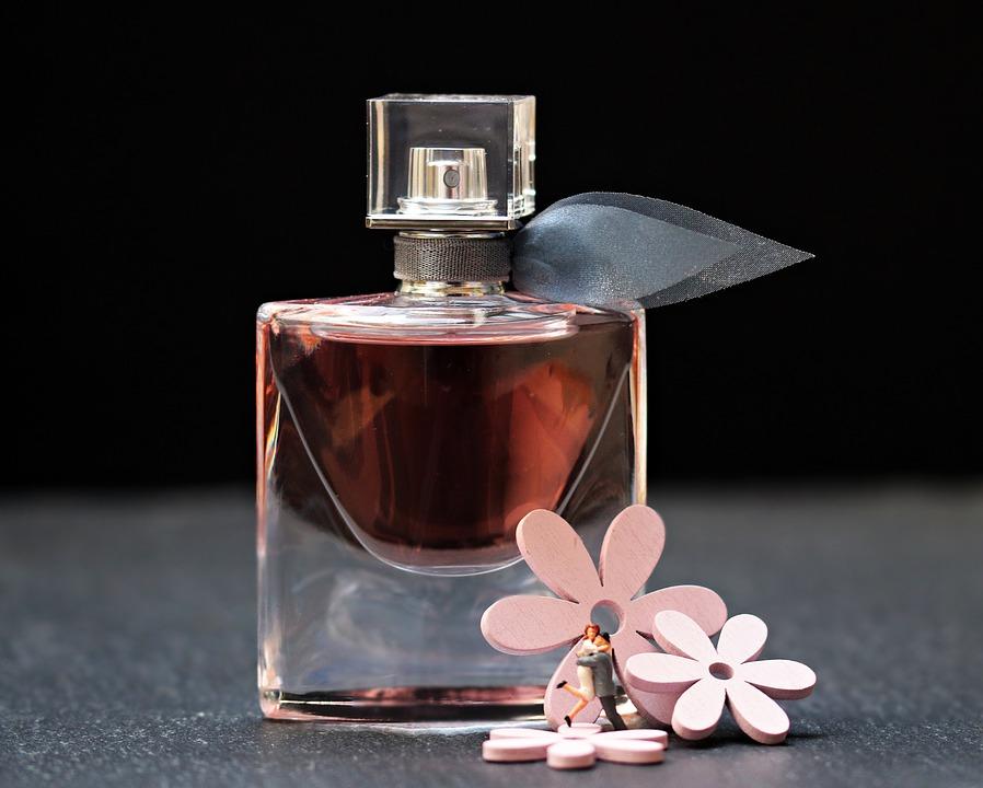 2 perfume-2142824_960_720