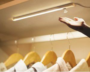 Migliori-Luci-Armadio-LED-Sensore-Movimento-Quale-Scegliere-768x613
