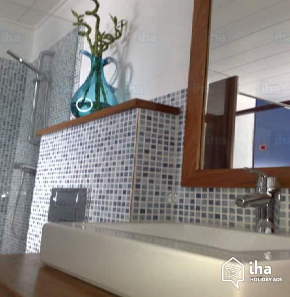 Piastrelle per il bagno moderno come orientarsi - Bagno moderno piastrelle ...